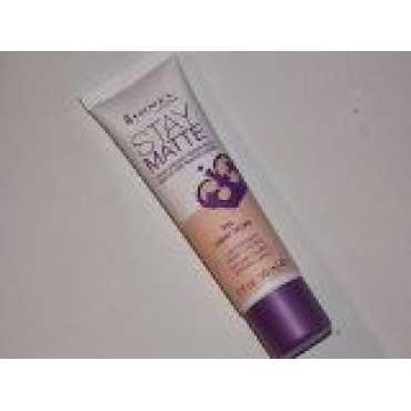 Rimmel London Stay Matte Liquid Mousse Foundation (09 Light Ivory)