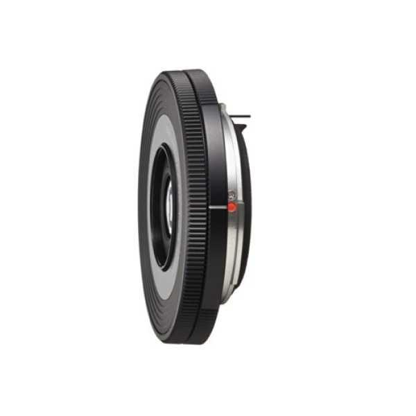 Pentax K-Mount SMC DA 40mm F/2.8 XS Prime Lens (For Pentax DSLR Camera)